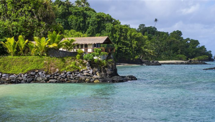 Hotel Seabreeze Resort - Honeymoon Point House - Samoa